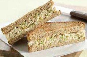 Crunchy_Tuna_Salad_Sandwich